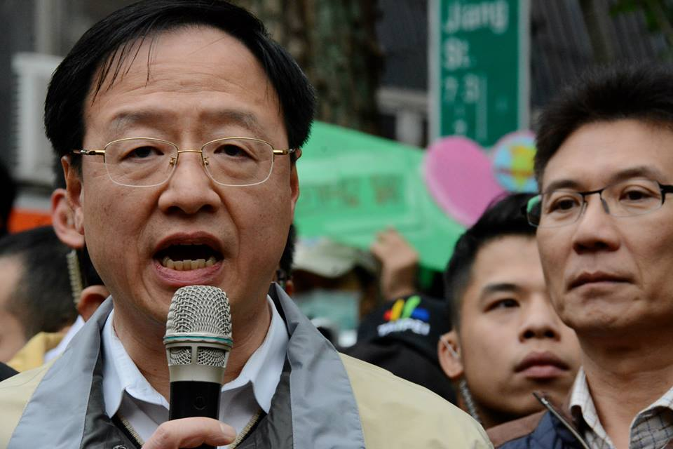 Premier Jiang Yi-huah says he will not meet the student's demands (Photo by J Michael Cole)